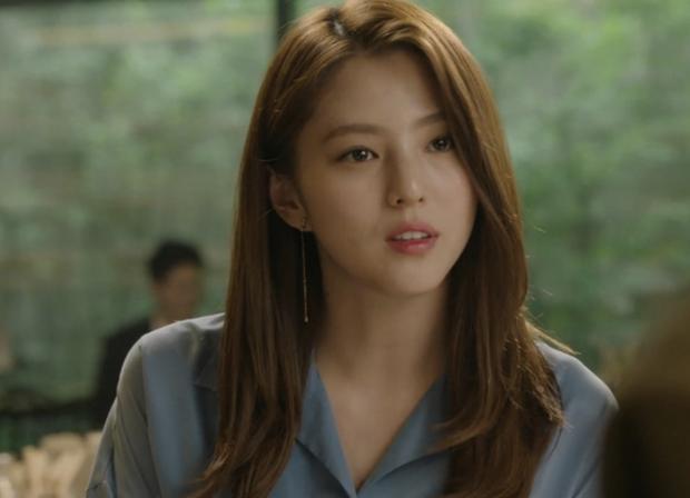Nữ hoàng môi khô Kwon Nara đã gặp đối: Tiểu tam Thế Giới Hôn Nhân có làn môi khô héo không kém, vậy mà vẫn đi quảng cáo son mới tài - Ảnh 6.