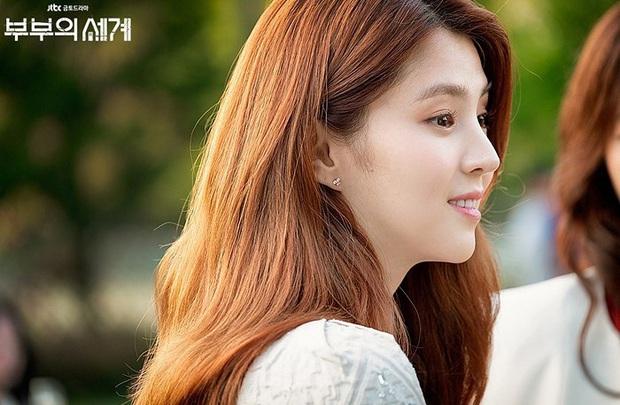 Nữ hoàng môi khô Kwon Nara đã gặp đối: Tiểu tam Thế Giới Hôn Nhân có làn môi khô héo không kém, vậy mà vẫn đi quảng cáo son mới tài - Ảnh 1.