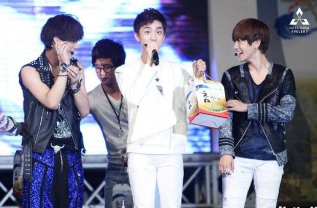 8 năm của nhóm nhạc huyền bí EXO: Từ tân binh sở hữu nhiều antifan nhất, sóng gió trải dài sự nghiệp hoạt động cho đến ngôi vương Kpop thế hệ 3 - Ảnh 5.