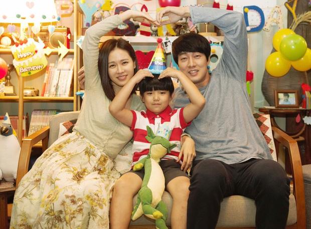 Lý do So Ji Sub muốn kết hôn hóa ra là nhờ từng làm chồng của chị đẹp Son Ye Jin từ 2 năm trước? - Ảnh 3.