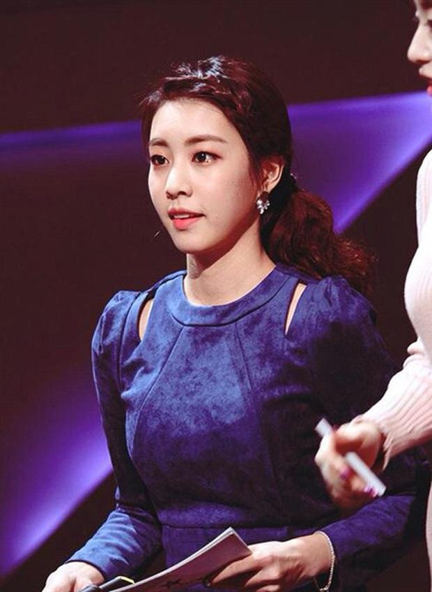 Nữ MC đài SBS cướp đi trái tim đại nam thần So Ji Sub: Profile quá khủng, lọt top mỹ nhân vì nhan sắc, body siêu hot - Ảnh 14.