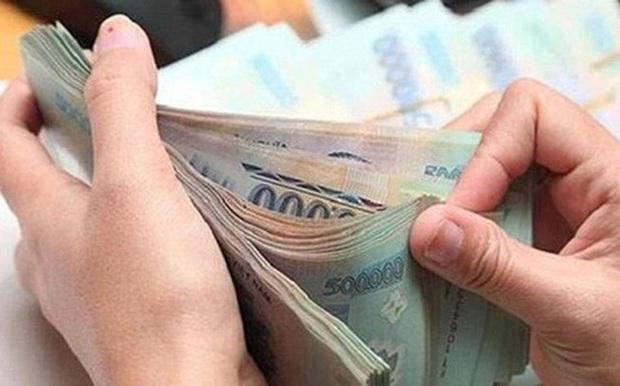 Tiền lương của người lao động bị cách ly sẽ do BHXH chi trả - Ảnh 2.