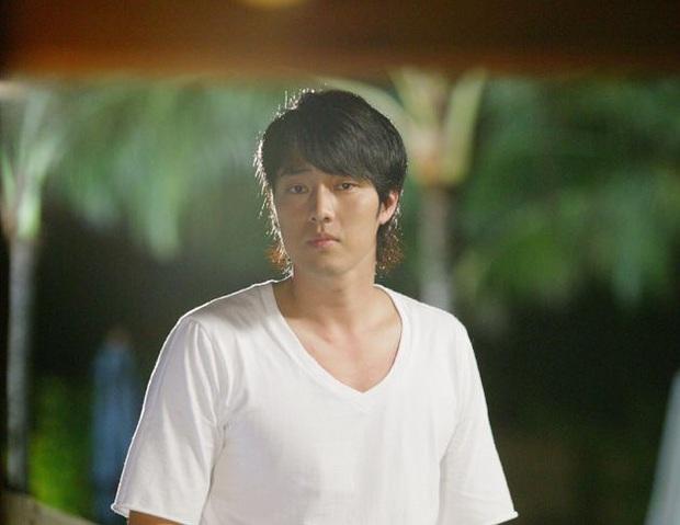 Mời các bé ôn bài loạt khoảnh khắc đẹp trai của chú So Ji Sub, nhớ cho kĩ vì từ giờ đã người khác thay em ngắm anh! - Ảnh 4.