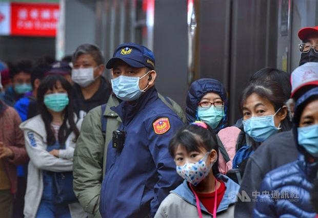 CNN: Sau đòn đau nhớ đời, Đài Loan trở thành một trong những nơi chống dịch COVID-19 tốt hàng đầu thế giới - Ảnh 2.