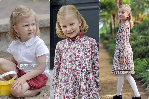 Công chúa vừa tròn 18 của Hoàng gia Bỉ: Xinh đẹp hiền hậu với gu thời trang thanh lịch đúng cốt cách Nữ hoàng tương lai - Ảnh 4.