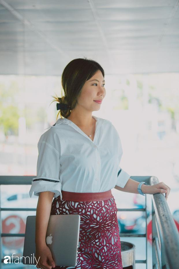 Nữ MC của loạt chương trình tiếng Anh chất lượng nhất nhì VTV - Phoebe Trần lần đầu tiết lộ những bất tiện khi bản thân quá thạo ngoại ngữ và điều thú vị trong cuộc sống của một cô gái đặc Việt - Ảnh 6.