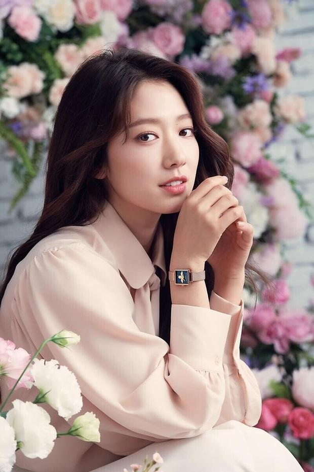 Lâu lắm rồi nàng thơ của Lee Min Ho Park Shin Hye mới gây bão MXH thế này: Tươi trẻ mơn mởn, ai ngờ đã 30 tuổi? - Ảnh 6.