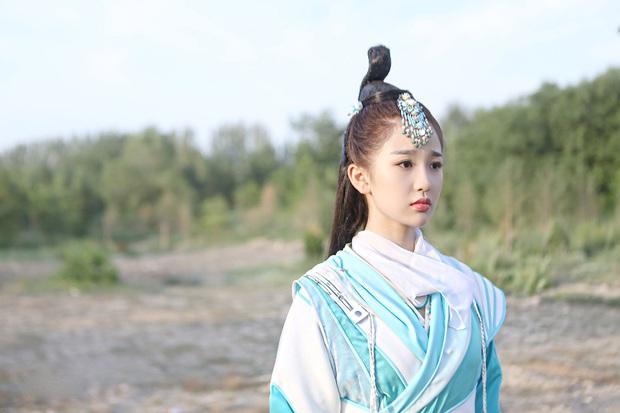 Thánh cuồng Lisa Ngu Thư Hân: Trong phim lố không kém ngoài đời nhưng số hưởng toàn cặp với toàn trai đẹp - Ảnh 2.
