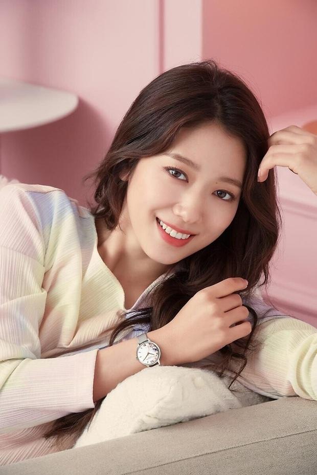 Lâu lắm rồi nàng thơ của Lee Min Ho Park Shin Hye mới gây bão MXH thế này: Tươi trẻ mơn mởn, ai ngờ đã 30 tuổi? - Ảnh 10.