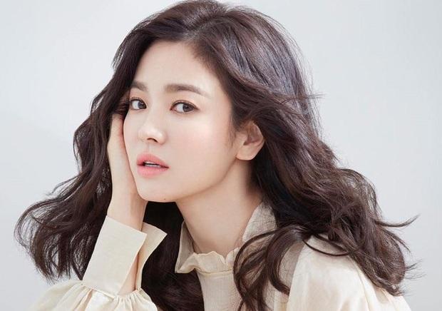 Tiểu tam Thế giới hôn nhân Han So Hee: Tiểu Song Hye Kyo có quá khứ gây sốc, lâu lắm màn ảnh Hàn mới có mỹ nhân thế này - Ảnh 3.