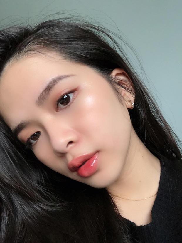 Ngưng dùng kem nền hơn 1 tháng, dùng kem chống nắng thay cho makeup: Cô nàng này thấy da mềm mượt bất ngờ, mụn ẩn giảm rõ rệt - Ảnh 3.
