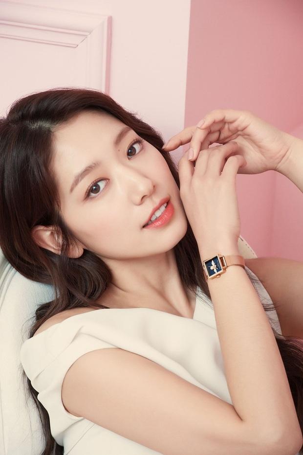 Lâu lắm rồi nàng thơ của Lee Min Ho Park Shin Hye mới gây bão MXH thế này: Tươi trẻ mơn mởn, ai ngờ đã 30 tuổi? - Ảnh 11.