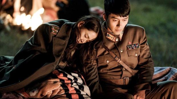 Đừng chỉ để ý gương mặt, body tài tử Hyun Bin cũng là báu vật Kbiz: Nhìn là muốn dựa vào bờ vai, lồng ngực ấy! - Ảnh 13.
