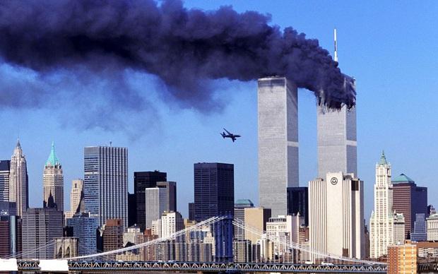 New York trải qua thời khắc tang thương nhất trong dịch Covid-19, số người tử vong đã vượt qua vụ khủng bố đẫm máu ngày 11/9 - Ảnh 2.