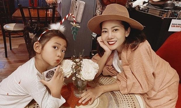 Không đấu giá được 120 triệu cho bé Lavie nhưng chiếc váy nghệ sĩ Mai Phương từng mặc lại về tay người phù hợp nhất! - Ảnh 3.