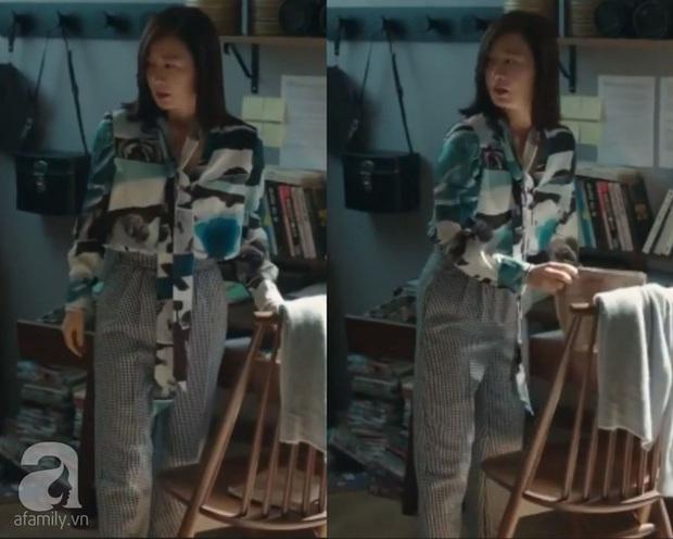 """""""Chị đại bị cắm sừng"""" đụng độ tiểu thư Bắc Hàn: Áo blouse 30 triệu, cả hai đều đẹp nhưng set đồ của Kim Hee Ae thú vị hơn hẳn - Ảnh 2."""
