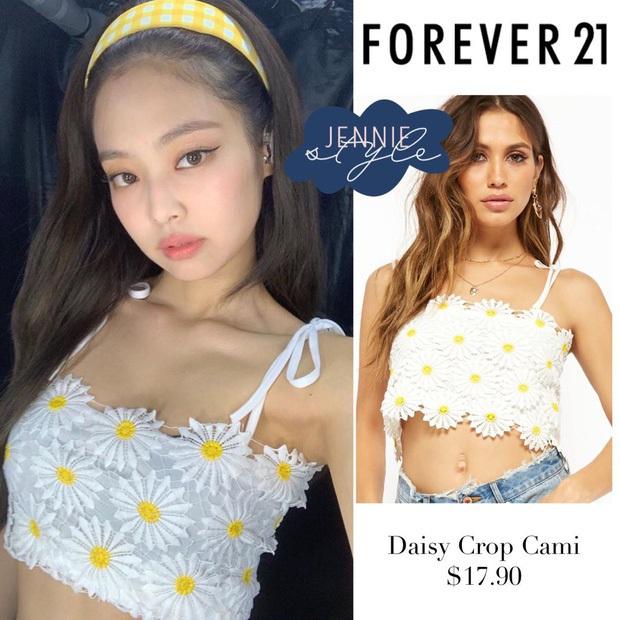 Diện chung áo, Jennie hút mắt hơn hẳn Joy nhờ stylist khéo cắt xén tôn body chuẩn như búp bê Barbie - Ảnh 2.