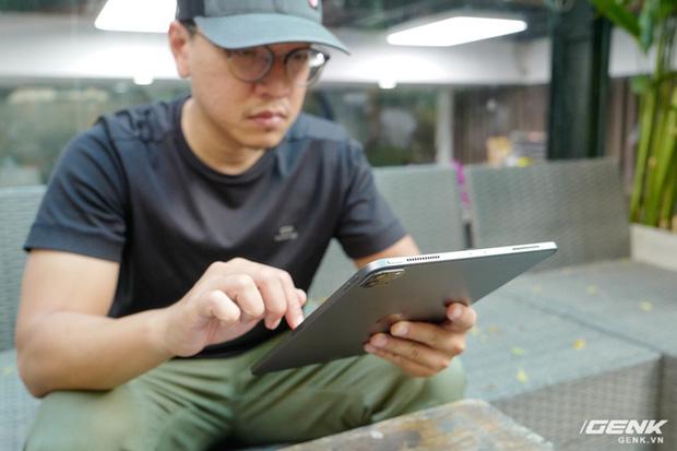 Trải nghiệm iPad Pro 2020 từ góc nhìn của người chưa bao giờ dùng máy tính bảng - Ảnh 3.