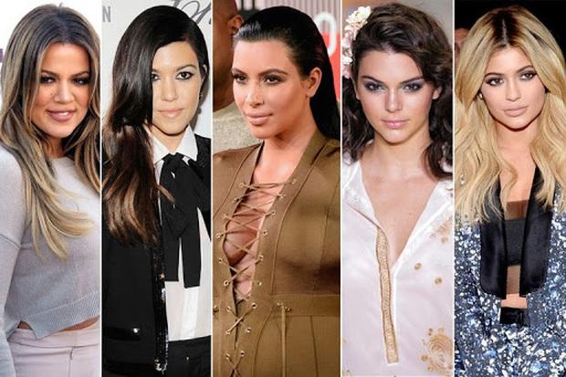 """Vén màn công thức bí mật giúp Kim Kardashian từ người hầu theo sau Paris Hilton trở thành nữ hoàng tạo nên """"đế chế tỷ đô"""" - Ảnh 13."""