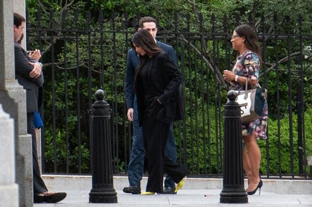 """Vén màn công thức bí mật giúp Kim Kardashian từ người hầu theo sau Paris Hilton trở thành nữ hoàng tạo nên """"đế chế tỷ đô"""" - Ảnh 16."""