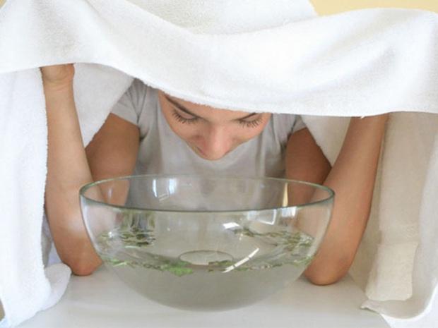 2 tuần ở nhà không có sản phẩm trị mụn, khi đó nước muối sinh lý và 3 bước làm sạch có thể chữa lành mọi hư tổn trên da - Ảnh 4.