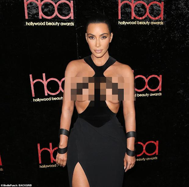 """Vén màn công thức bí mật giúp Kim Kardashian từ người hầu theo sau Paris Hilton trở thành nữ hoàng tạo nên """"đế chế tỷ đô"""" - Ảnh 8."""