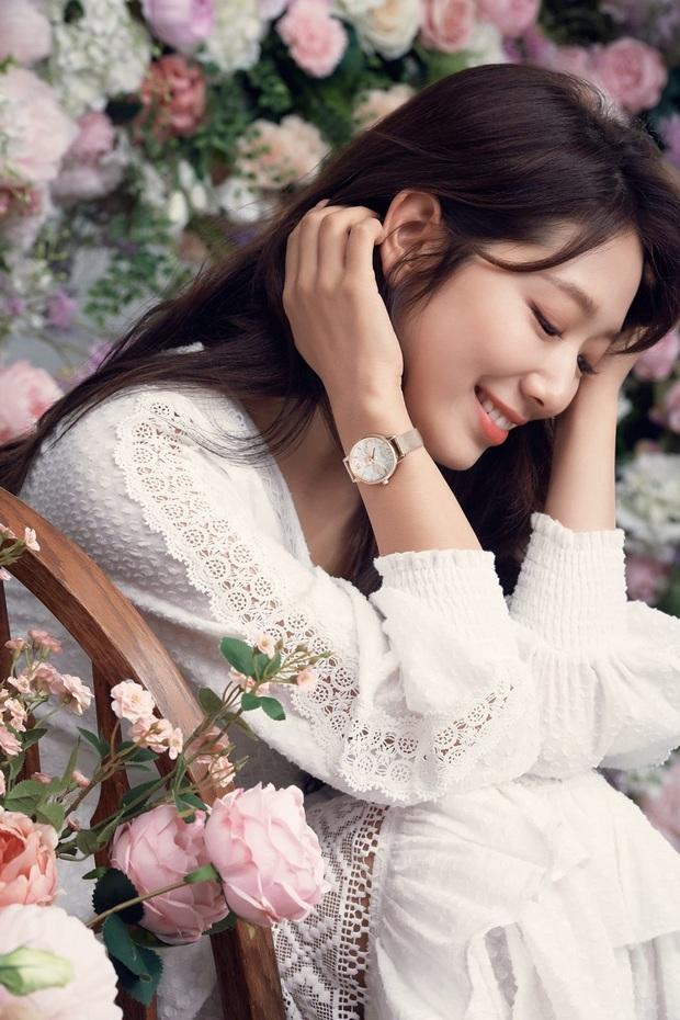 Lâu lắm rồi nàng thơ của Lee Min Ho Park Shin Hye mới gây bão MXH thế này: Tươi trẻ mơn mởn, ai ngờ đã 30 tuổi? - Ảnh 5.