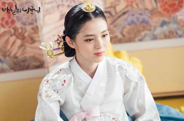 Tiểu tam Thế giới hôn nhân Han So Hee: Tiểu Song Hye Kyo có quá khứ gây sốc, lâu lắm màn ảnh Hàn mới có mỹ nhân thế này - Ảnh 10.