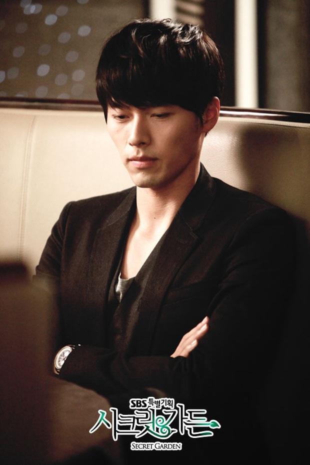 Nhớ đại úy Jung Hyuk, ngắm ngay loạt ảnh hậu trường đẹp như mơ của Hyun Bin từ thuở còn phèn cho thỏa mãn - Ảnh 4.