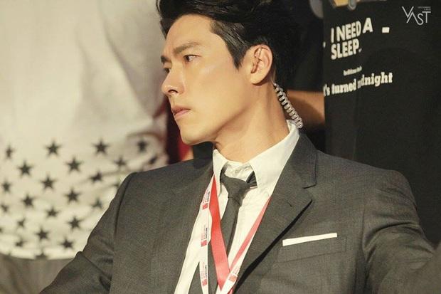 Nhớ đại úy Jung Hyuk, ngắm ngay loạt ảnh hậu trường đẹp như mơ của Hyun Bin từ thuở còn phèn cho thỏa mãn - Ảnh 24.