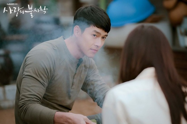 Nhớ đại úy Jung Hyuk, ngắm ngay loạt ảnh hậu trường đẹp như mơ của Hyun Bin từ thuở còn phèn cho thỏa mãn - Ảnh 29.