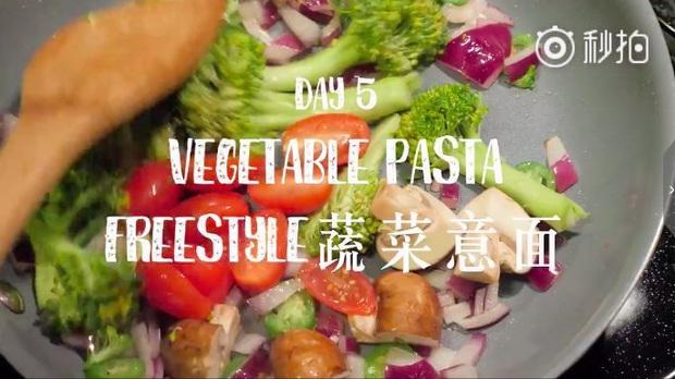 Nàng Vlogger xứ Trung chia sẻ thực đơn ăn tối cho cả tuần, giúp cô giảm gần 18kg khiến ai cũng phải trầm trồ - Ảnh 26.