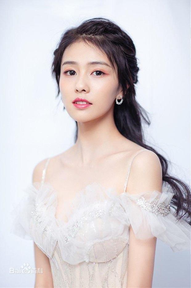 Phim cổ trang toàn mỹ nữ Ngọc Xuân Lâu: Có Dương Dung, Thư Sướng nhưng Vu Chính vẫn cho Bạch Lộc diễn chính - Ảnh 3.