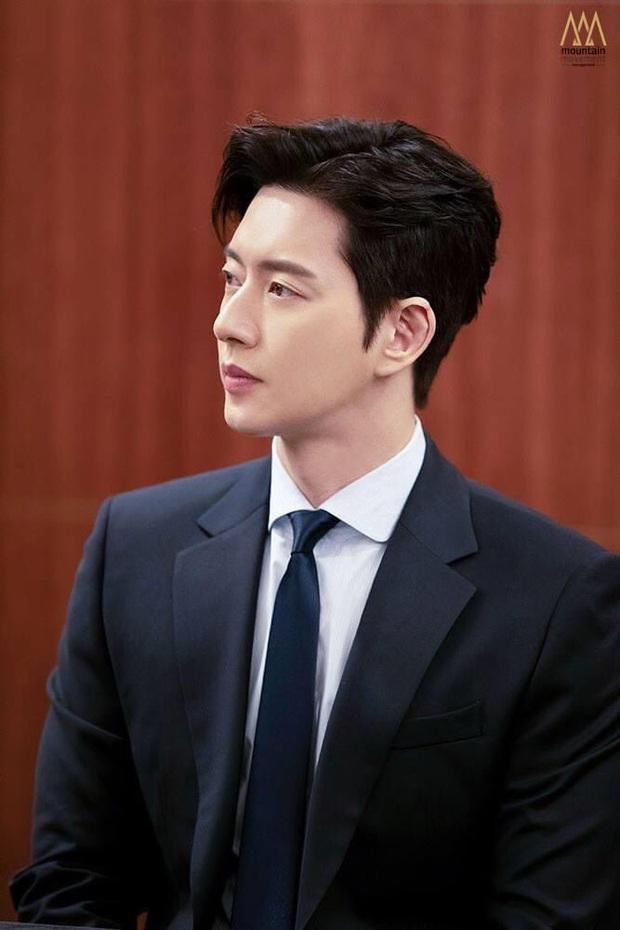 20 tài tử Hàn đẹp trai nhất mọi thời đại: Cả dàn đại nam thần Hyun Bin, Song Joong Ki bị vượt mặt, No.1 gây bất ngờ lớn - Ảnh 9.