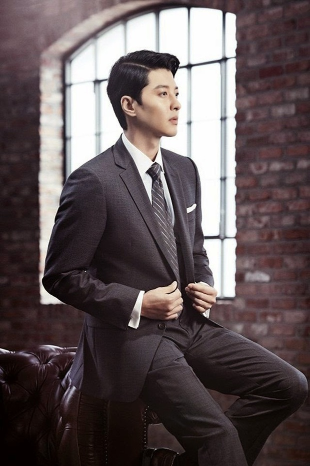 20 tài tử Hàn đẹp trai nhất mọi thời đại: Cả dàn đại nam thần Hyun Bin, Song Joong Ki bị vượt mặt, No.1 gây bất ngờ lớn - Ảnh 8.