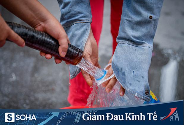 Hộ nghèo, cận nghèo tại TP HCM được miễn phí tiền nước trong 3 tháng - Ảnh 1.