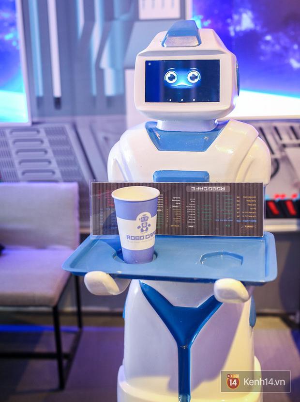 7 nghề chắc chắn ít còn cơ hội tồn tại trong tương lai do bị robot thay thế - Ảnh 1.