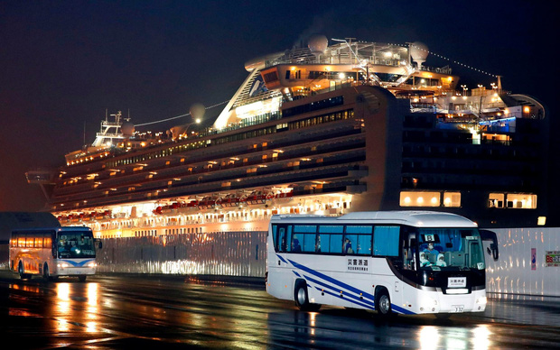 Tình cảnh của những hành khách từng lên du thuyền Diamond Princess: Bệnh đã hết, nhưng sự đe dọa thì còn mãi - Ảnh 1.