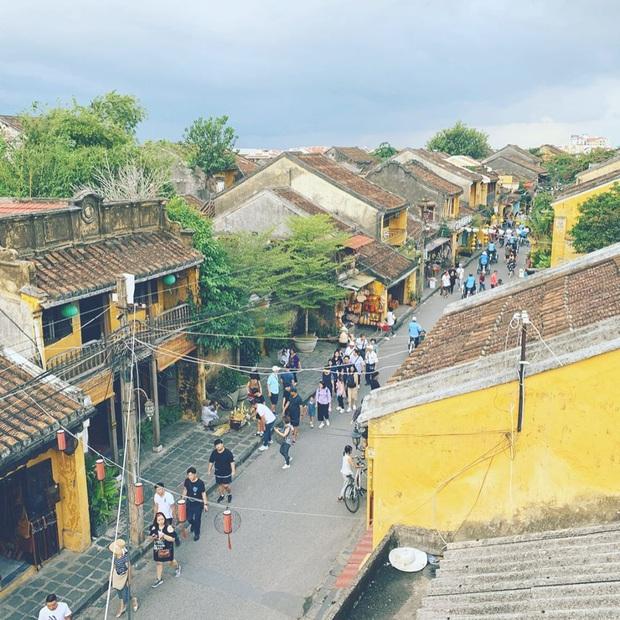 Cập nhật nhanh tình hình tại loạt điểm đến nổi tiếng khắp Việt Nam dịp Lễ: Đà Lạt chật kín du khách, nhiều nơi khác lại vắng vẻ đến lạ - Ảnh 7.