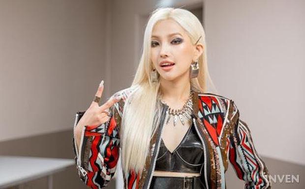 Ít ai biết, ngoài ca hát, những idol Kpop còn có nghề tay trái là cày game, làm streamer, cộng đồng bái phục - Ảnh 8.