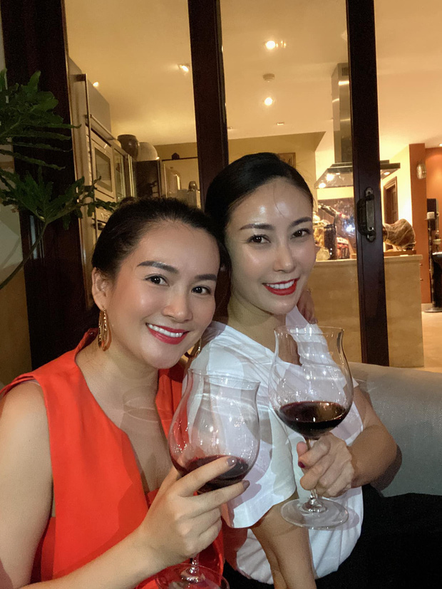 Hội bạn thân U40 showbiz lâu ngày tụ họp: Hà Kiều Anh đọ sắc Trương Ngọc Ánh, diện mạo trẻ trung của bạn gái Chi Bảo gây chú ý - Ảnh 4.