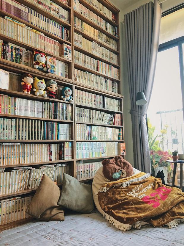 Chàng trai đầu tư 300 triệu decor nhà đi thuê, sở hữu 3000 cuốn sách truyện và vô số đồ đạc nhưng vẫn gọn gàng hết nấc - Ảnh 2.