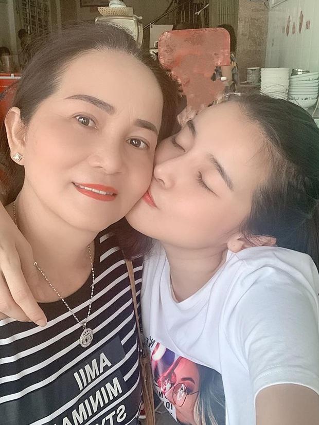 Sao Vbiz khiến MXH rần rần vì động thái nhân Ngày của Mẹ: Đông Nhi gây xúc động, Tiên Nguyễn và dàn Hoa hậu khoe mẹ đẹp miễn bàn - Ảnh 13.