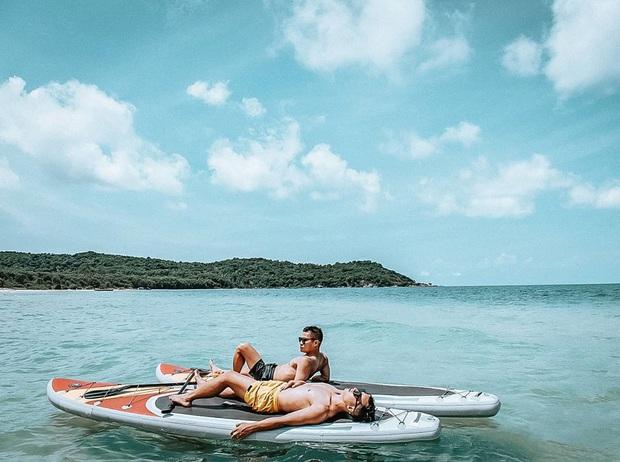 Mới đầu hè, nhiều sao Vbiz đã vi vu khắp Việt Nam, hot nhất là loạt ảnh bikini trên biển của các mỹ nhân - Ảnh 12.