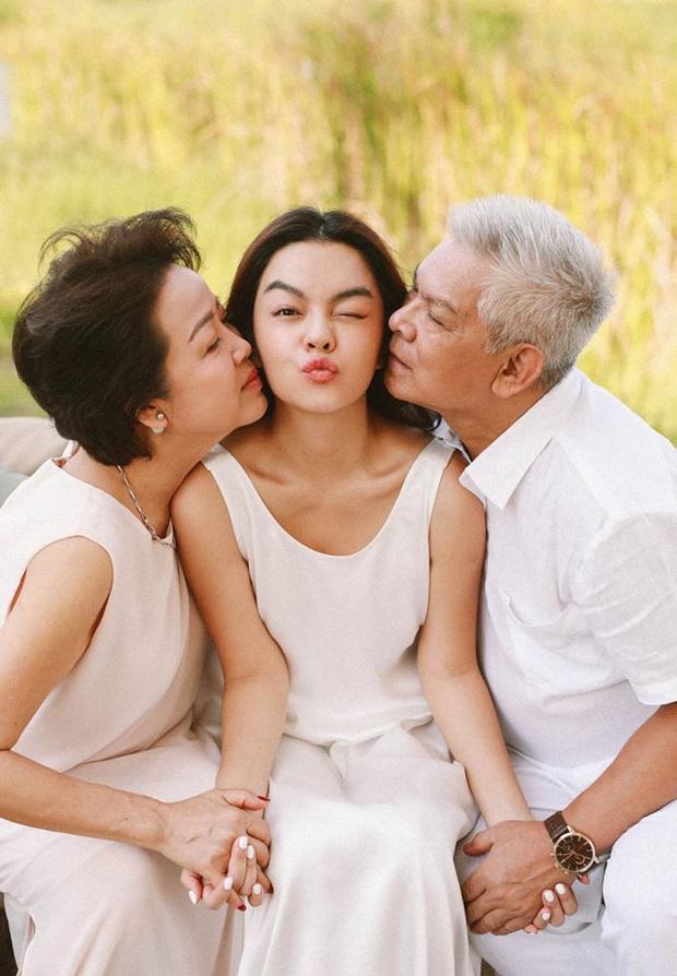 Sao Vbiz khiến MXH rần rần vì động thái nhân Ngày của Mẹ: Đông Nhi gây xúc động, Tiên Nguyễn và dàn Hoa hậu khoe mẹ đẹp miễn bàn - Ảnh 3.