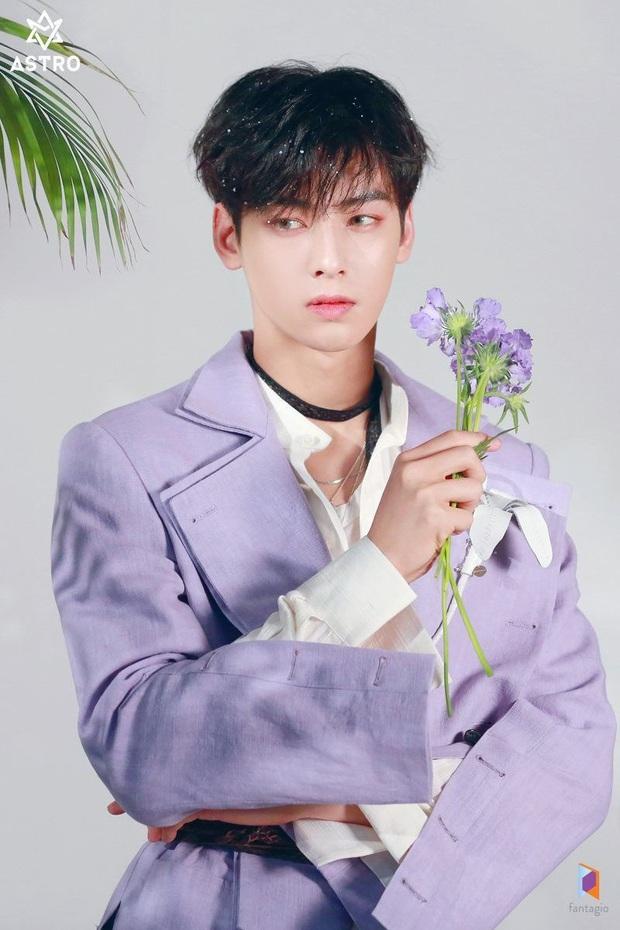 Fan Hàn chọn ra top sao nam 3 ngày không tắm mà cơ thể vẫn tỏa hương hoa: Cả nam thần Kim Soo Hyun và Park Bo Gum đều phải chịu thua đại diện của BTS - Ảnh 5.