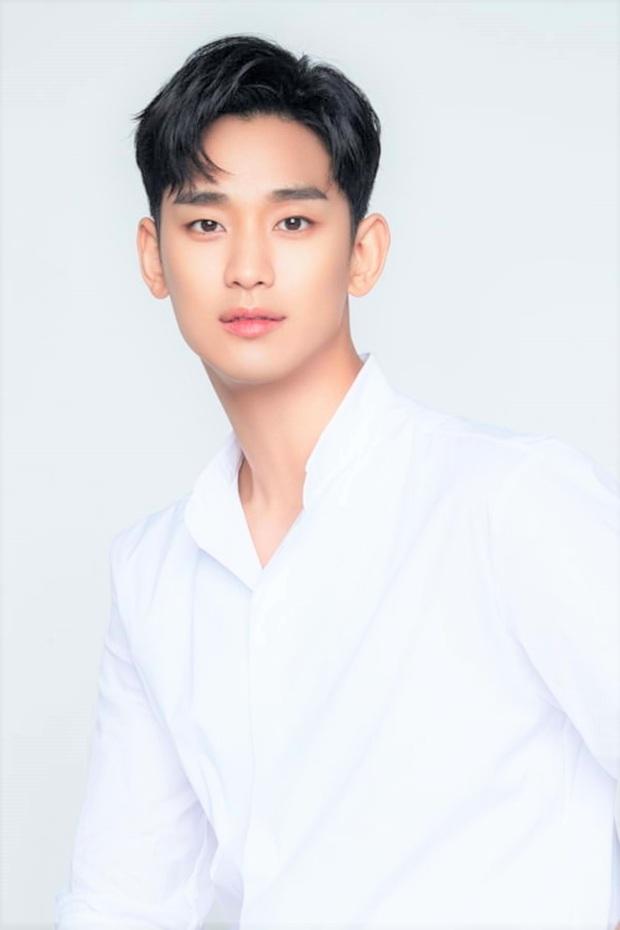 Fan Hàn chọn ra top sao nam 3 ngày không tắm mà cơ thể vẫn tỏa hương hoa: Cả nam thần Kim Soo Hyun và Park Bo Gum đều phải chịu thua đại diện của BTS - Ảnh 4.