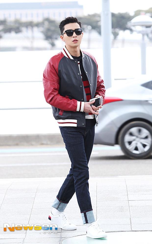 Ông chủ Danbam Park Seo Joon đúng là nam thần sân bay: Lúc như CEO đã giàu còn soái, khi đi dép xỏ ngón cũng ngầu như catwalk - Ảnh 19.