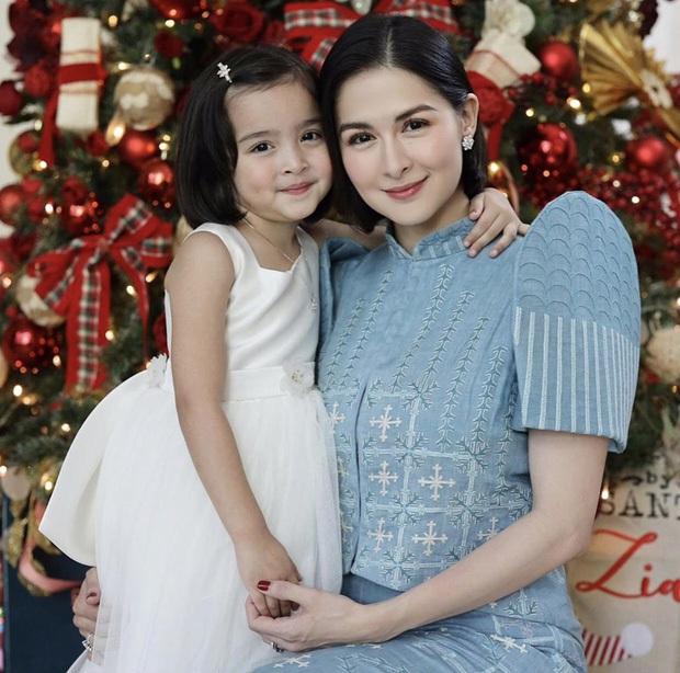 Những bà mẹ cực phẩm showbiz: Mợ chảnh xuất sắc, Trương Bá Chi khiến Cnet cảm phục, mỹ nhân cuối gây sốt vì gia đình hoàn mỹ - Ảnh 22.