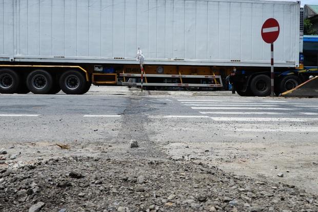 Vụ container đấu đầu xe khách khiến 1 người chết: Nhà thầu tự ý phân làn, sửa chữa đường - Ảnh 4.